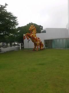 美術館の犬①